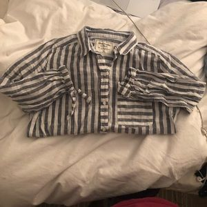 Abercrombie & Fitch Tops - Abercrombie striped blouse!